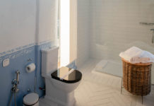 Get-Amazing-Ideas-for-Your-Small-Bathroom-on-contribution